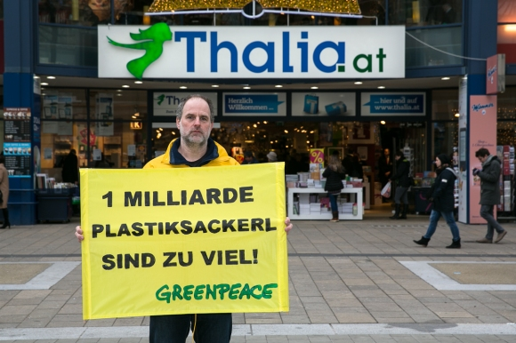 greenpeace_plastiksackerl2014-016