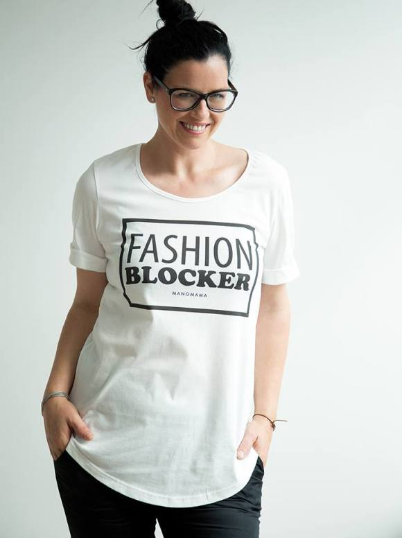 Manomamas neues Statement-Shirt gegen Fast Fashion. Für echte Bekleidung. Foto (c) manomama.de - Klick aufs Bild --> Ab zum Webshop.