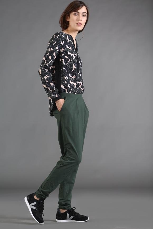 lanius_hw15_hosen_jeans_jerseyhose_10972-00_1_darkgreen_seite